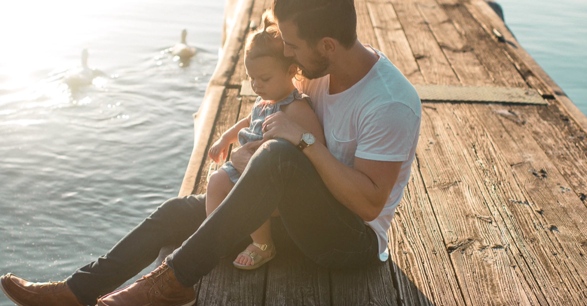 TIPS TO BE A FASHIONABLE YOUNG DAD